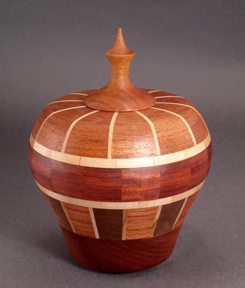 #4127 Lidded Urn Small